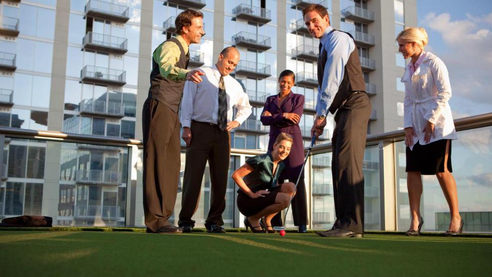 Selain untuk kesehatan, Golf juga baik untuk bisnis